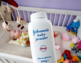 Johnson & Johnson bồi thường cá nhân 72 triệu đô la vụ phấn rôm gây ung thư