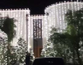 Nhà Kim Kardashian trang hoàng hoành tráng đón giáng sinh