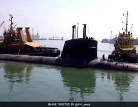 """Ấn Độ đưa tàu ngầm """"Cá mập hổ"""" ra thử nghiệm trên biển"""