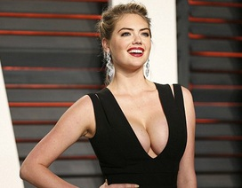"""Siêu mẫu áo tắm khoe """"vòng một"""" đầy đặn trong tiệc hậu lễ trao giải Oscar"""