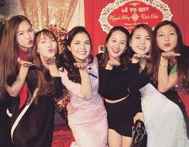 """Dàn hoa khôi, mỹ nhân tưng bừng dự đám cưới MC """"Chị Kính Hồng"""" xinh đẹp"""