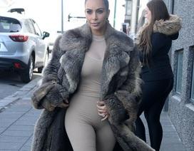 Cô Kim liên tục mắc lỗi thời trang
