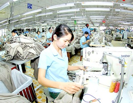 Gia nhập Hiệp định TPP: Lao động dệt may chịu thêm sức ép