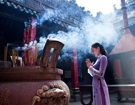 """Những lưu ý khi đi lễ chùa trong tháng """"cô hồn"""""""