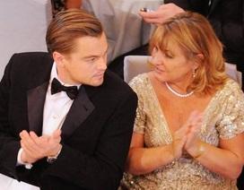 Xúc động trước tình cảm Leonardo DiCaprio dành cho mẹ