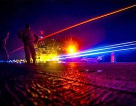 Lực lượng vũ trang Ukraine bị tấn công bằng vũ khí laser