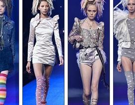 Dàn siêu mẫu đọ dáng trong buổi diễn của Marc Jacobs