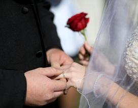 """Anh: 1/3 các cặp vợ chồng """"ngủ chay"""" đêm tân hôn"""