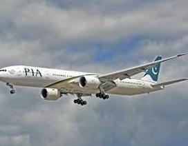 Máy bay chở gần 50 người rơi ở Pakistan