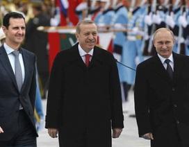 """Mỹ """"tức điên"""" vì Nga-Thổ-Syria bắt tay nhau"""