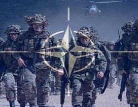 NATO ráo riết chuẩn bị cú móc sườn phía tây của Nga?