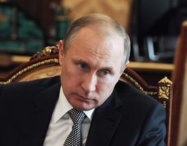 Tây Ban Nha ra trát bắt giữ quan chức thân cận của ông Putin