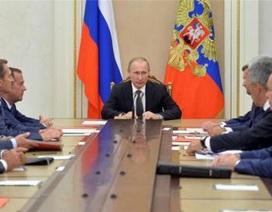 Nguy cơ chiến tranh Nga-Ukraine: Hai Tổng thống quyết nóng