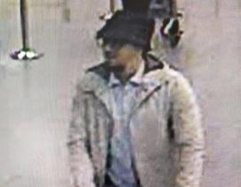 Bỉ bắt sống nghi phạm chính mặc áo trắng trong vụ khủng bố Brussels