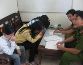 """3 người phụ nữ quốc tịch Campuchia được Công an giải thoát khỏi tay """"mẹ mìn"""""""