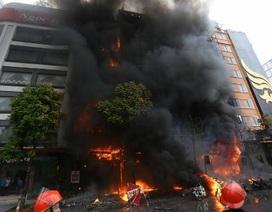 PGS.TS Nguyễn Huy Nga: Người đứng xem đám cháy dễ hít phải khí độc