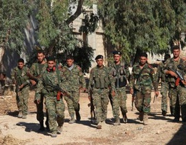 Phiến quân đầu hàng, Syria chiếm thành cổ Aleppo