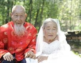 Cụ ông cụ bà U100 chụp ảnh cưới lần đầu tiên trong đời