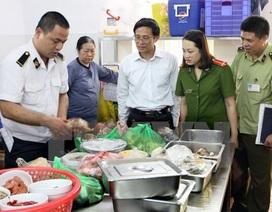 Đình chỉ cơ sở cung cấp gần 2.000 suất ăn mỗi ngày vì không giấy phép