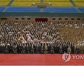 Triều Tiên huy động 100.000 người ăn mừng vụ phóng tên lửa thành công