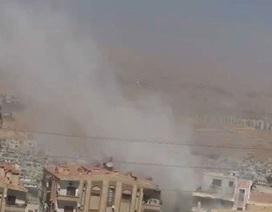 Syria: Đụng độ dữ dội ở Damascus sau khi phiến quân bất ngờ tấn công quân đội