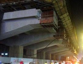 Một công nhân rơi từ công trường đường sắt Cát Linh - Hà Đông