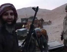 """Không quân Nga và Syria """"chôn vùi"""" IS ở Palmyra"""