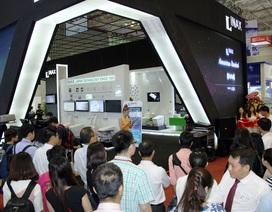 Lixil Việt Nam nổi bật tại Vietbuild 2016 với không gian sang trọng và hiện đại