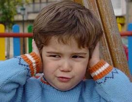 Tiếng ồn ảnh hưởng đến khả năng ngôn ngữ của trẻ em
