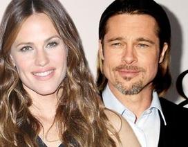 Jennifer Garner gây sốc khi tuyên bố đang hẹn hò Brad Pitt