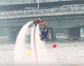 Kỷ lục thế giới mới về nhào lộn với thiết bị thủy lực