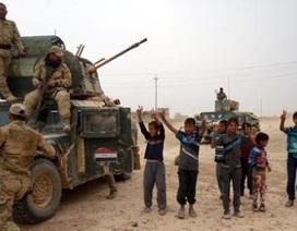 Liên quân Mỹ rầm rập vào Mosul, Aleppo vắng Nga không kích