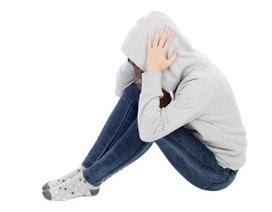 Ảnh hưởng sau chấn thương làm thay đổi não bộ của trẻ em