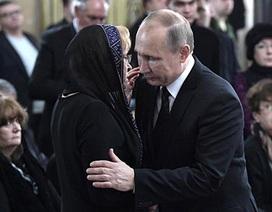 Nga-Thổ cùng nhìn về một hướng