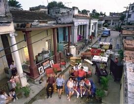 Muôn màu cuộc sống gia đình trên khắp thế giới thập niên 90