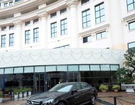 Đến Hilton Hà Nội Opera trải nghiệm dịch vụ đưa đón cao cấp từ Mercedes-Benz E-Class