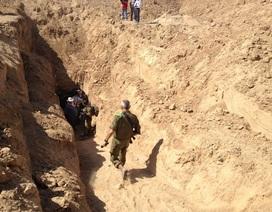 Tận mắt chứng kiến đường hầm tránh bom của IS