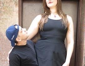 Lãng mạn chuyện tình của người phụ nữ cao hơn 2 mét