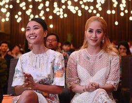 """John Huy Trần, Khánh Thi """"cầm trịch"""" ghế nóng Thử Thách Cùng Bước Nhảy 2016"""