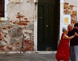 Những khoảnh khắc rất ngọt của tình già