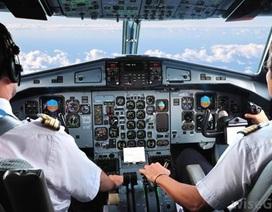 Sợ bị vợ nói lời chia tay, phi công Italy dọa cho rơi máy bay