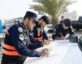"""4 người Việt tại Kuwait bị """"cảnh sát rởm"""" lừa đảo"""