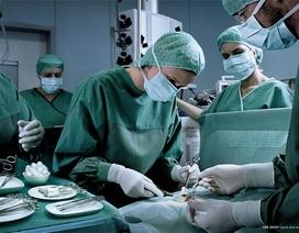Bệnh viện Việt Đức: Bệnh nhân đau chân trái, mổ nhầm chân phải