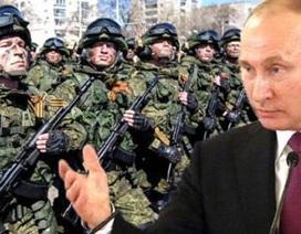 """Putin trấn an """"cơn thần kinh"""" phương Tây"""