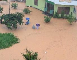 Quảng Ninh ngập úng nghiêm trọng sau trận mưa lớn kéo dài nhiều giờ
