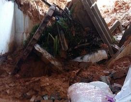 Sạt lở núi gây đổ tường, 2 người thương vong