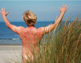 Ẩu đả vì nhìn trộm phụ nữ khoả thân trên bãi biển