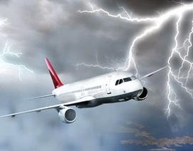 Sét đánh trúng vào máy bay thì có nguy hiểm?