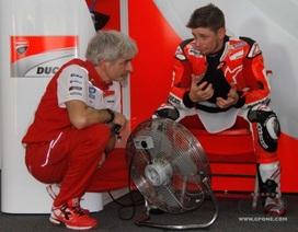 Casey Stoner trở lại trong màu áo Ducati