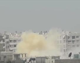 Khủng bố dùng vũ khí hoá học tấn công vào Aleppo